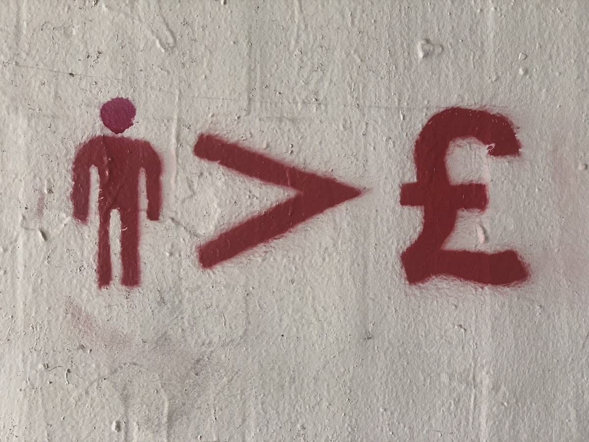 people > £ graffiti